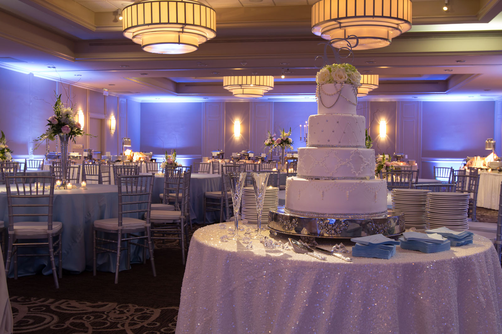 Catered wedding cake at Hotel Capstone
